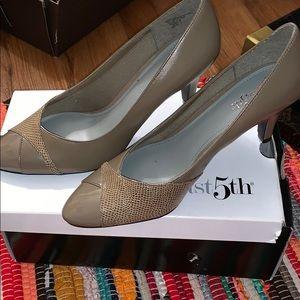 Brand new never worn heels !